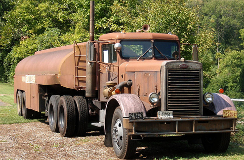 Peterbilt 281 tanker truck in 'Duel' Photo courtesy wampone via Flickr