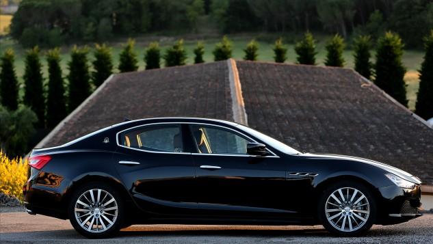 Maserati-Ghibli-2014-widescreen-21