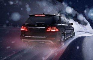 2014 Mercedes-Benz M-Class in snow