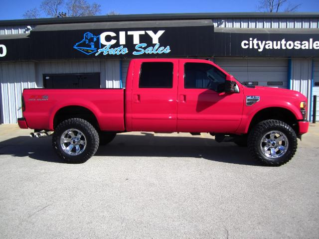 Pink Ford F250 side