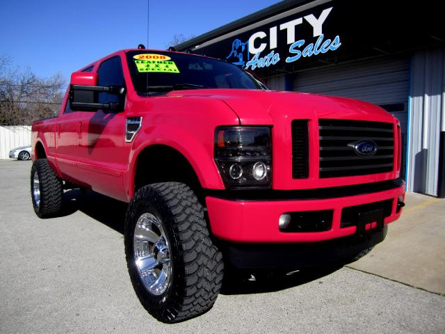 Hot Pink Ford F-250: Would You Drive this Truck ...