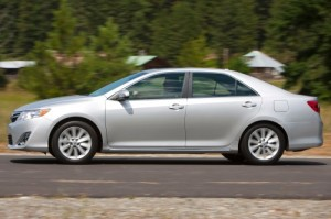 2012 Toyota Camry 300x199 picture