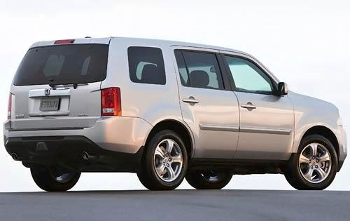 10 best cheap used suvs with third row seats. Black Bedroom Furniture Sets. Home Design Ideas