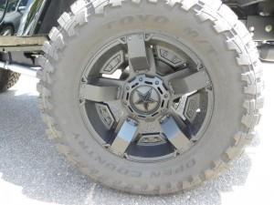 2014 Jeep Wrangler Rubicon X Custom5