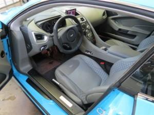 Aston Martin Vanquish COUPE1