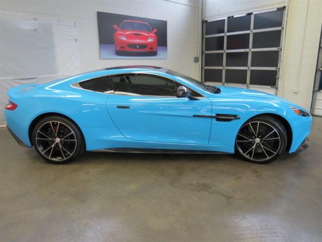 Aston Martin Vanquish COUPE2