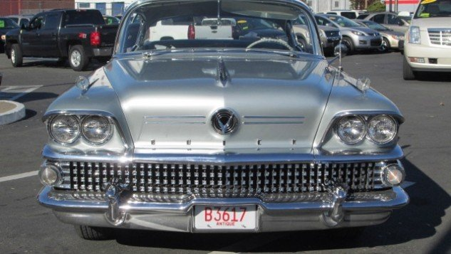 1958 Buick Riviera Limited front