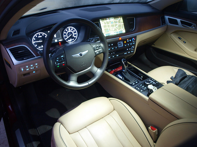 2015 Hyundai Genesis Sedan Interior
