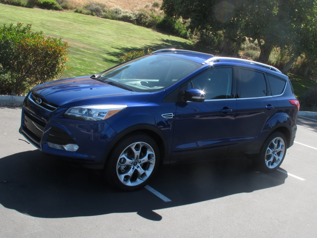 2015 ford escape test drive automotive news analysis and tips. Black Bedroom Furniture Sets. Home Design Ideas