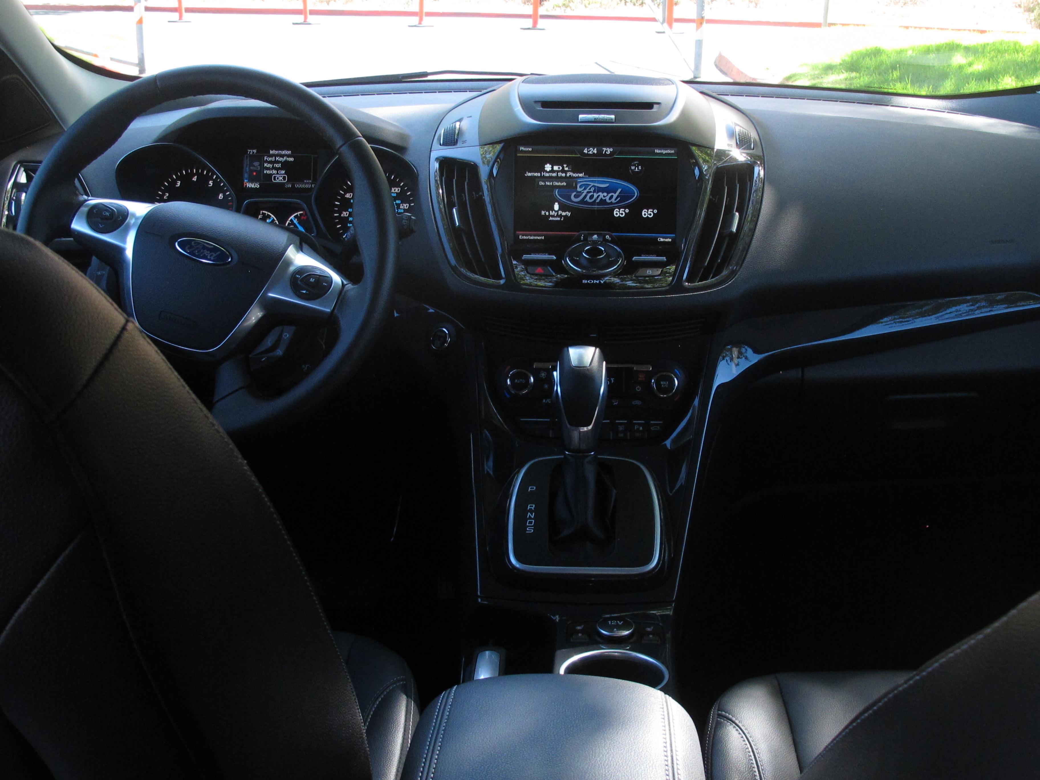 2015 Ford Escape - iSeeCars com