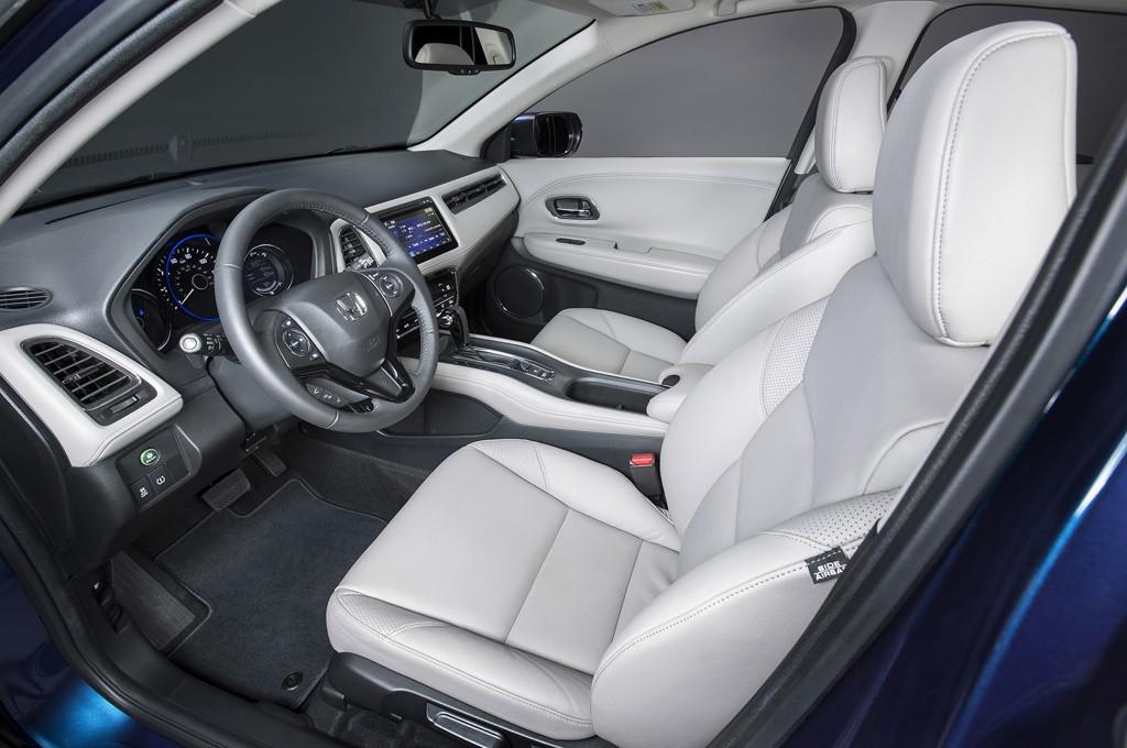 HR-V interior
