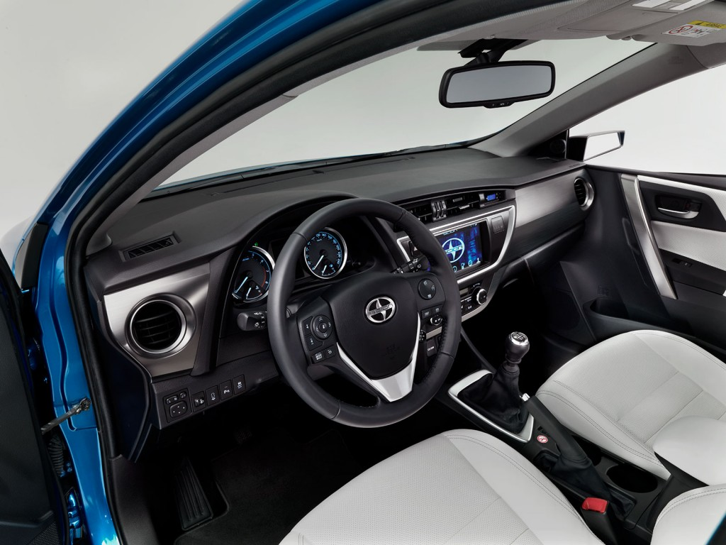 Scion iM interior
