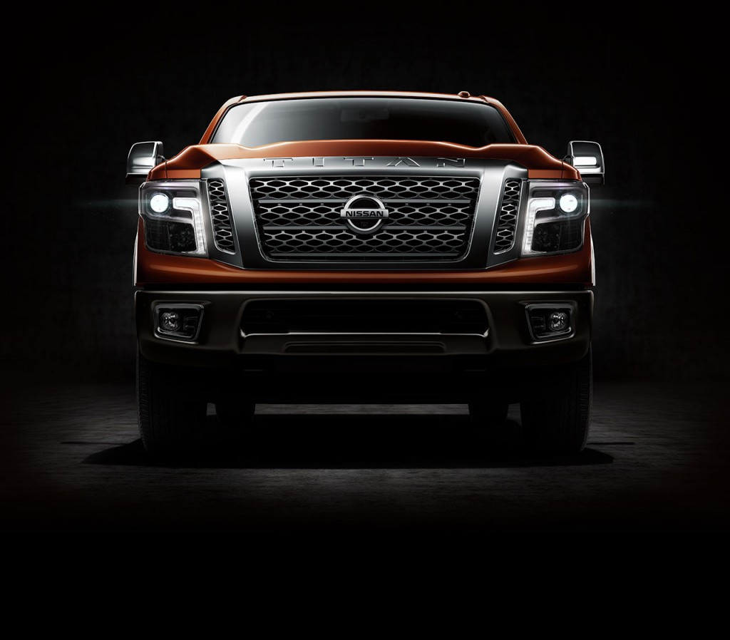all-new-nissan-titan-xd-2016-front-view-main-image-01