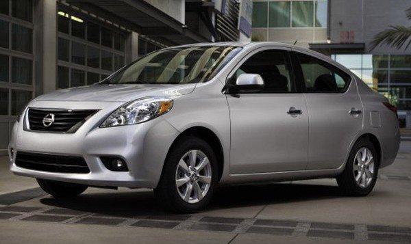 2013-Nissan-Versa-sedan 2