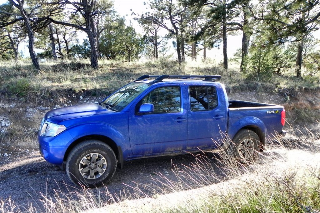 2015 Nissan Frontier Pro-4X - mud 1 - 1200px AOA