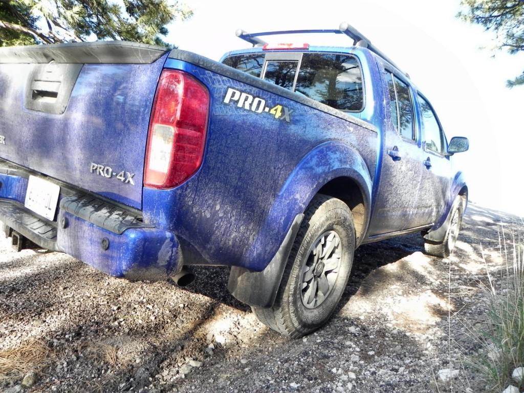 2015 Nissan Frontier Pro-4X - mud 3 - 1200px AOA