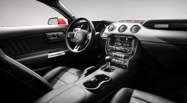 2015-ford-mustang_dash