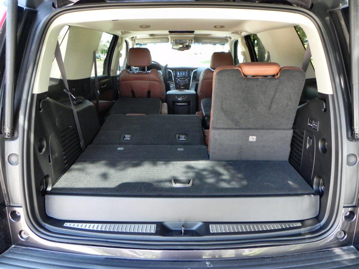 2015 Cadillac Escalade   Interior 12   AOA1200px