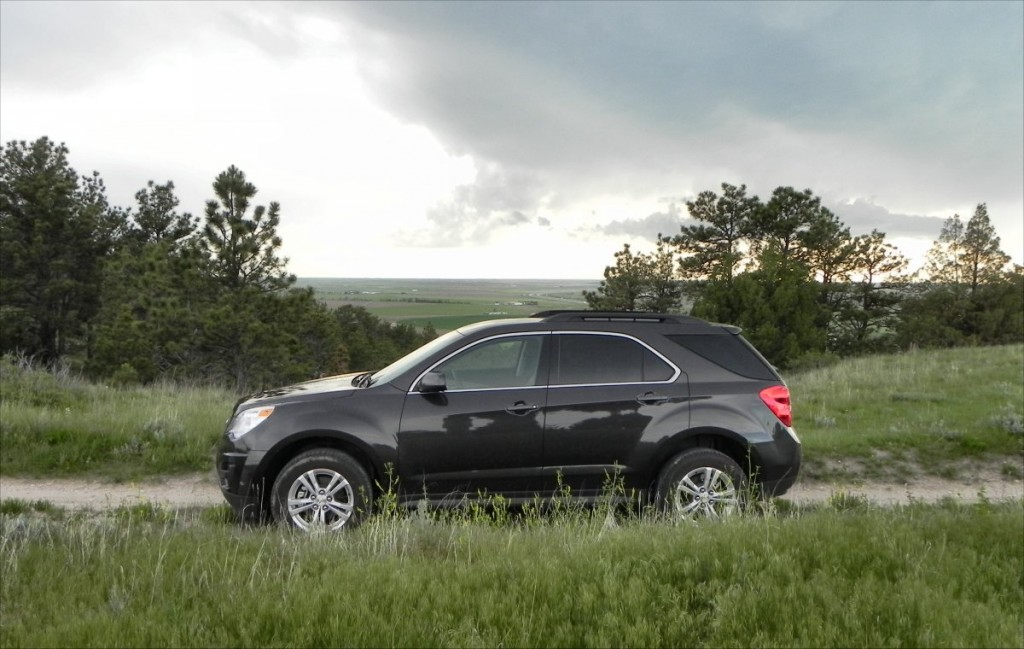 2015 Chevrolet Equinox - bluffs 1 - AOA1200px