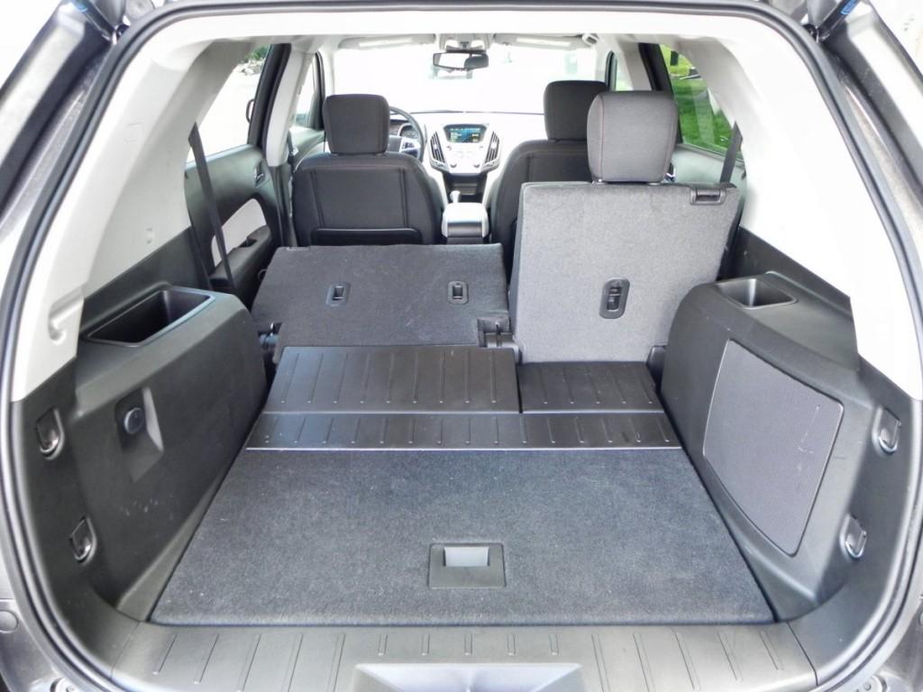 2015 Chevrolet Equinox - interior 9 - AOA1200px