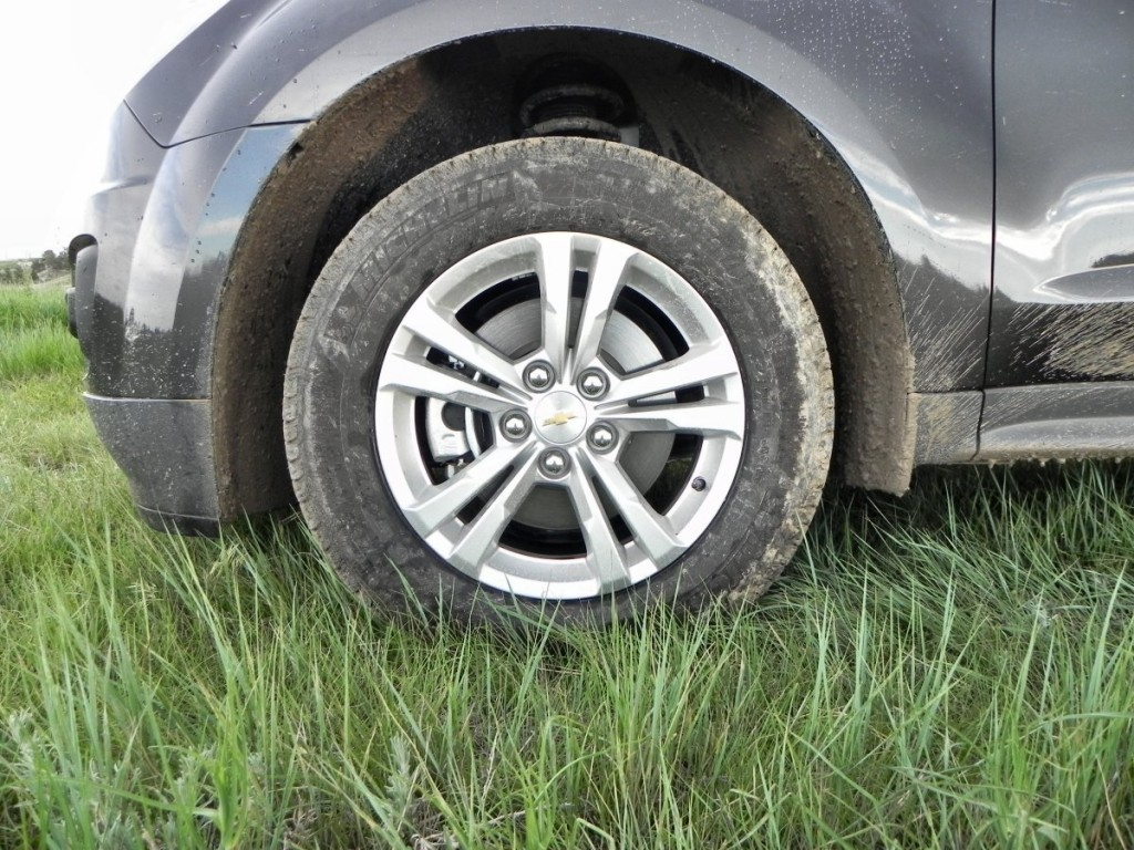 2015 Chevrolet Equinox - wheel 1 - AOA1200px