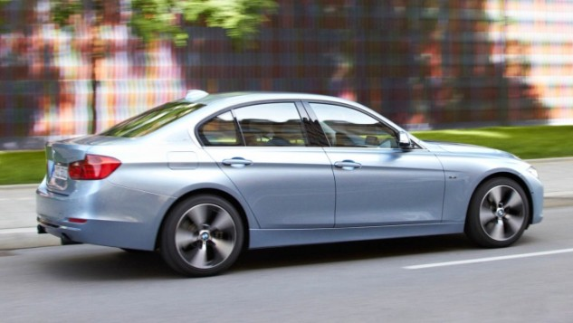 2013 BMW 3-Series-light blue
