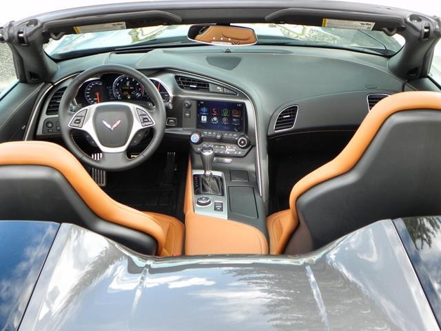2015 Corvette Stingray - interior 1 - AOA1200px