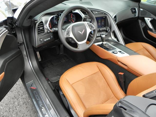 2015 Corvette Stingray - interior 2 - AOA1200px