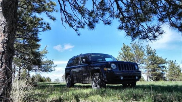 2015 Jeep Patriot - trees 7 - AOA1200px