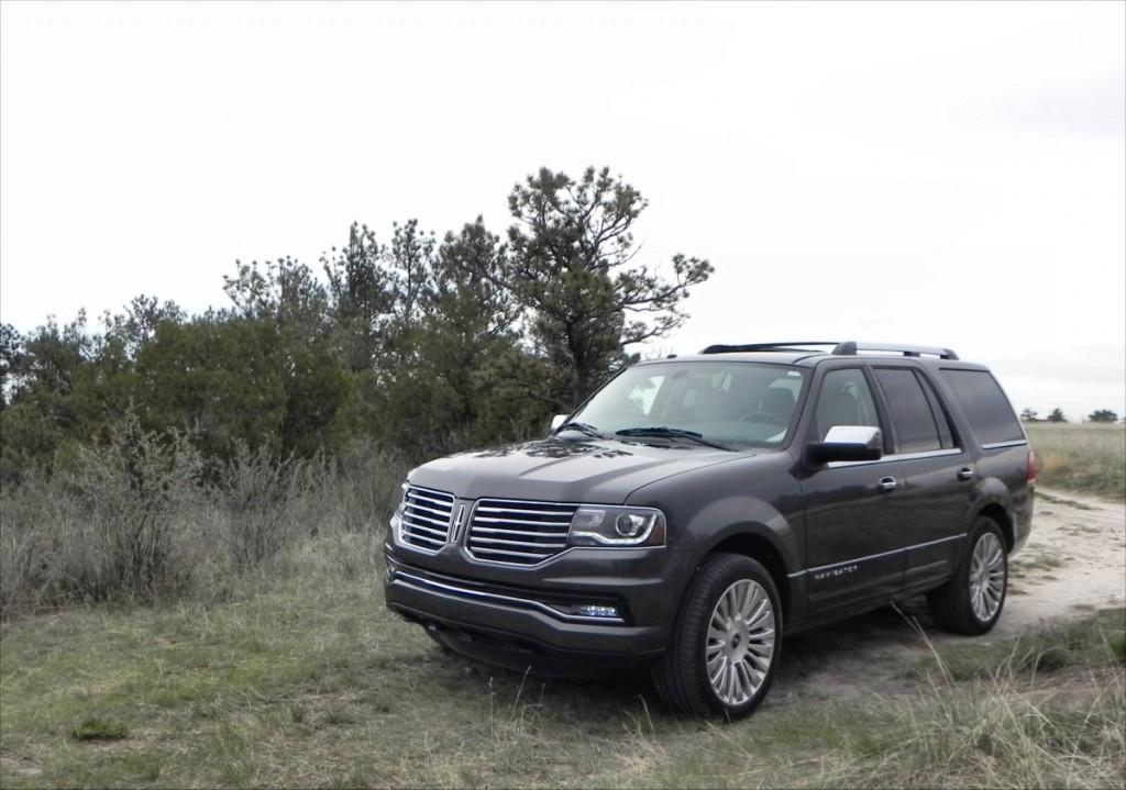 2015 Lincoln Navigator - bluff 6 - AOA1200px