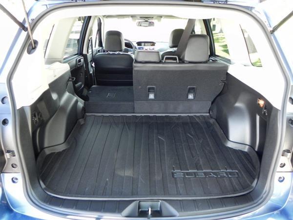2016 Subaru Forester - interior 10 - AOA1200px