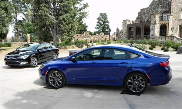 Chrysler 200 - Denver200 - 1