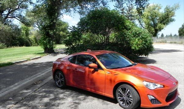 2016 Scion FR-S - golf 9 - AOA1200px