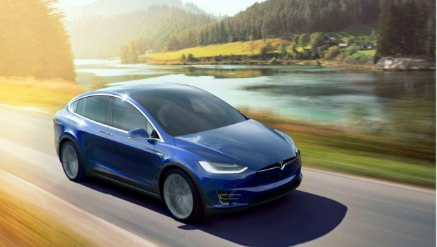 2016 Tesla Model X-road