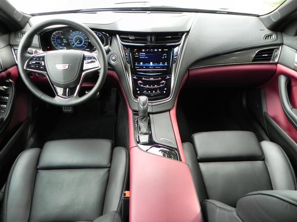 2016 Cadillac CTS - interior 6 - AOA1200px