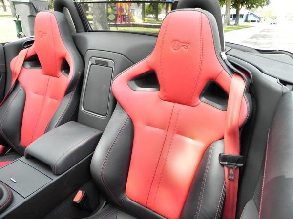 2016 Jaguar F-TYPE R Convertible - interior 2 - AOA1200px