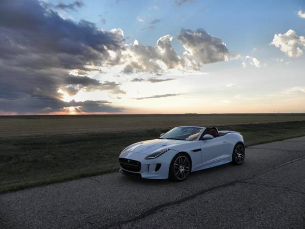 2016 Jaguar F-TYPE R Convertible - sunset 3 - AOA1200px