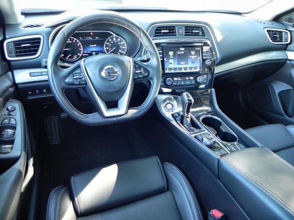 2016 Nissan Maxima - interior 6 - AOA