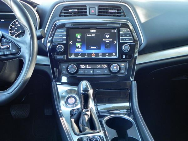 2016 Nissan Maxima - interior 7 - AOA