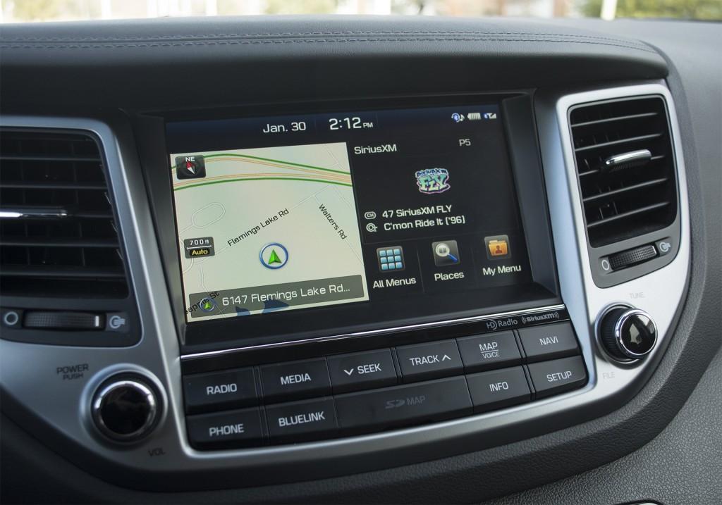 2016 Hyundai Tucson Limited AWD 8