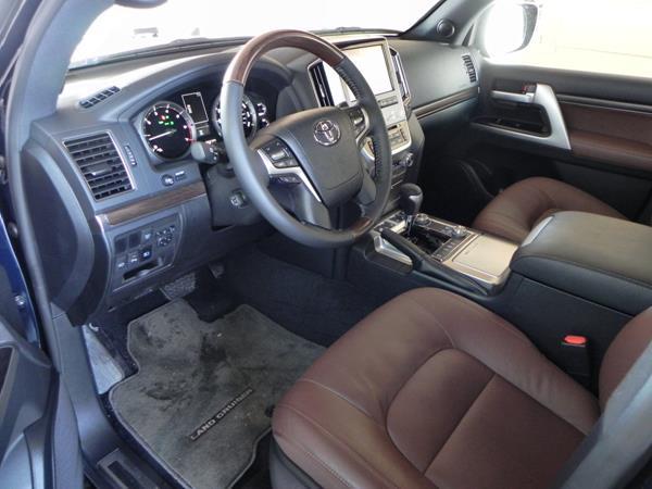2016 Toyota Land Cruiser - interior 1 - AOA