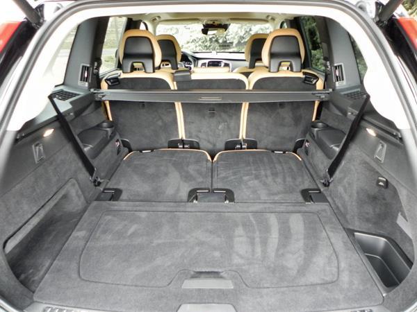 2016 Volvo XC90 - cargo 1 - AOA