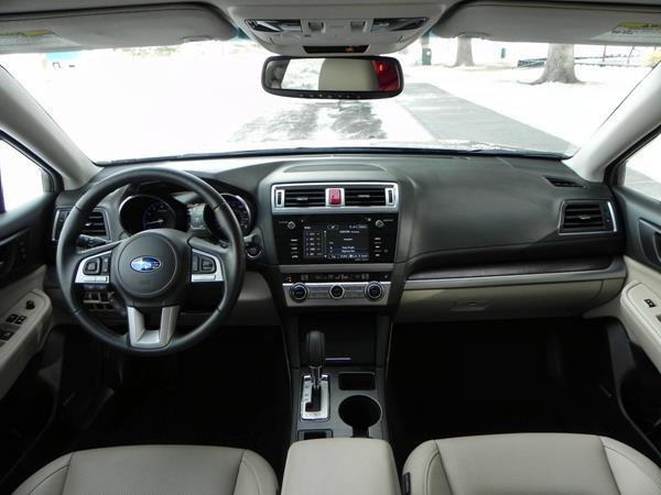 2015 Subaru Outback - interior 4 - AOA1200px