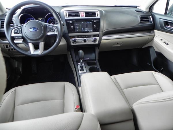 2015 Subaru Outback - interior 6 - AOA1200px