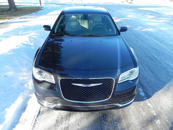 2016 Chrysler 300 - 8 - AOA1200px (Copy)