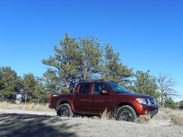 2016 Nissan Frontier - 2 - AOA1200px