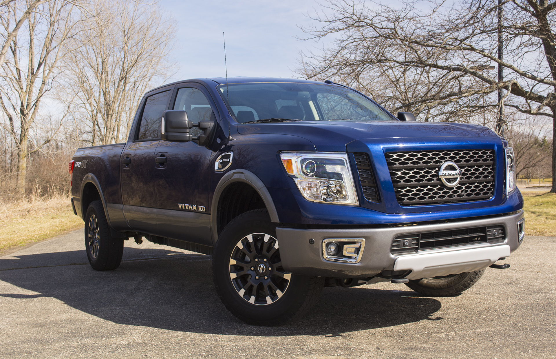2016 nissan titan xd. Black Bedroom Furniture Sets. Home Design Ideas