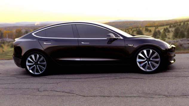 Tesla Model 3-black