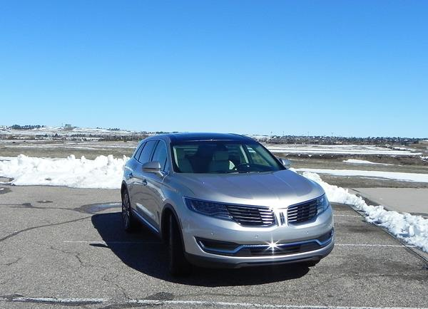 2016 Lincoln MKX - 6 - AOA1200px