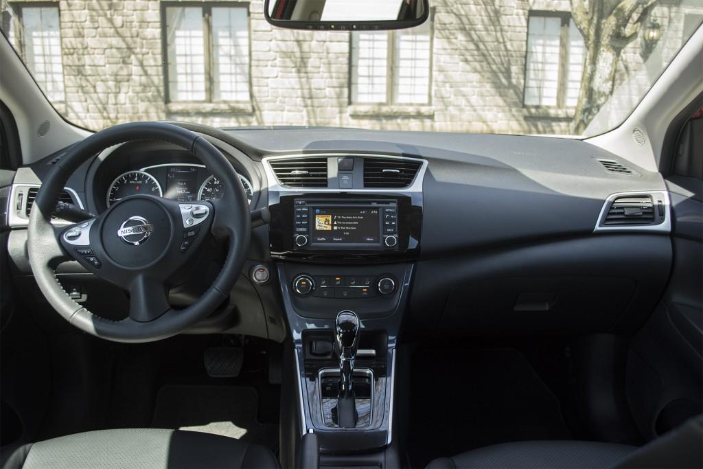 2016 Nissan Sentra SR 10